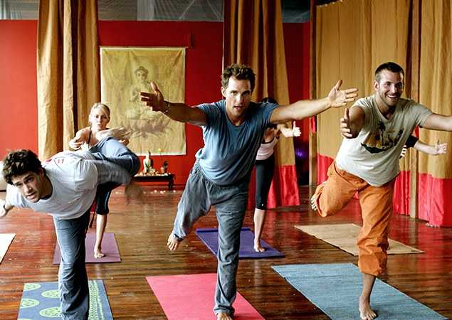 Matthew Macconaughey at yoga class with Brad Cooper.