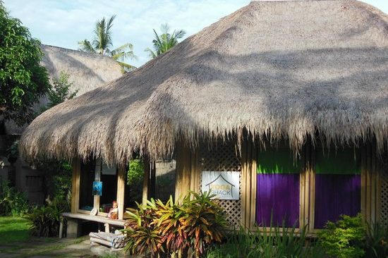 outside-secret-garden-bungalows bali